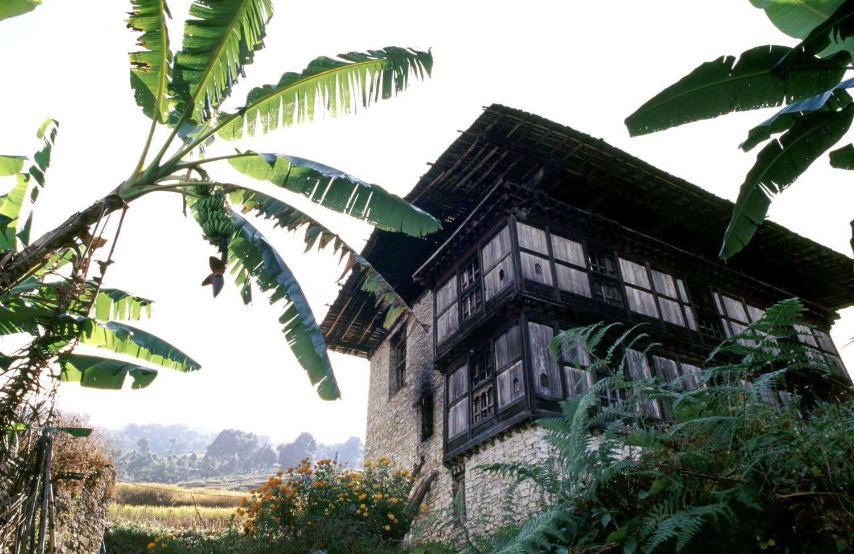 Architektur ohne grenzen nachhaltige bauten f rs globale dorf solidarische abenteuer for Wo architektur studieren
