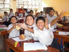 Peru: Tägliches Brot und Bildung für arme Kinder